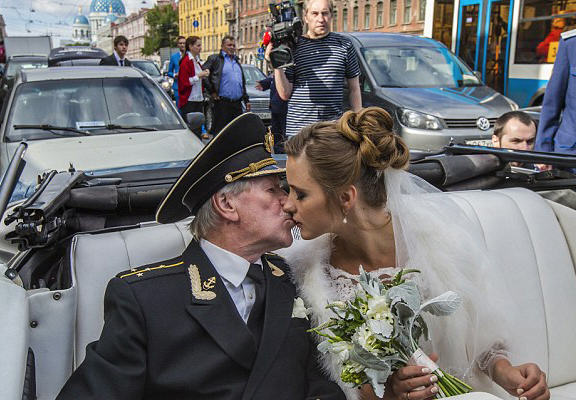 UNILADs Russian Actor, 84, Marries Woman 60 Years Younger Than Him image